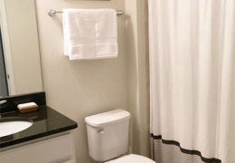 Bathroom_Suite Orange